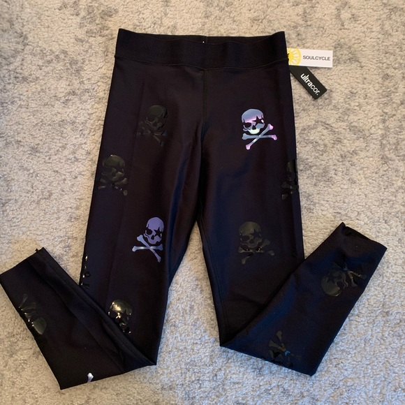 BNWT ultracor x SoulCycle skull print leggings NWT